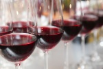 red_wine_glasses_180247352